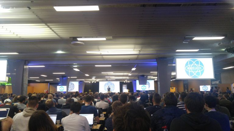 Crowd in React Europe