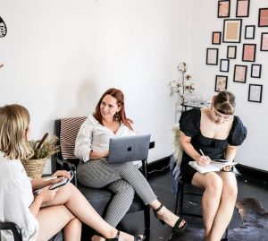 consultation en entreprise réunion